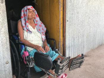 Anciana sufrió accidente