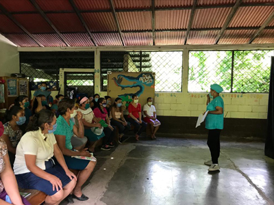 Mujeres-se-encuentran-en-Matagalpa
