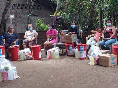 Familias-afectadas-por-huracanes